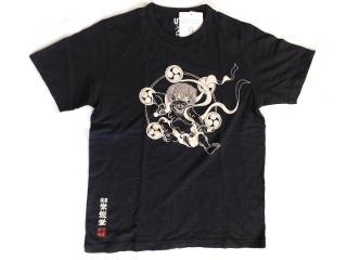 かみなり柄のTシャツ 黒