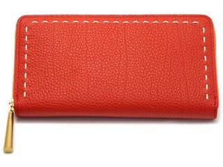 日本製、革の赤い長財布